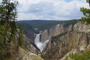 View of the Lower Yellowstone Falls, eroding through volcanic deposits. Photo by Daniel Mayer and released under terms of the GNU FDL; Wikimedia commons.