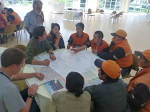 The Vigias of Tungurahua during a STREVA meeting describing the hazards in their communities with their colleague and friend from IG-EPN Patricio Ramon.